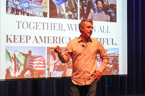 Belanich speaker Reza Aslan: Relationships combat fear and bigotry
